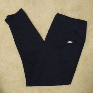 Skechers yoga pants with pockets